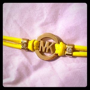Skinny Logo Chain Yellow Bracelet
